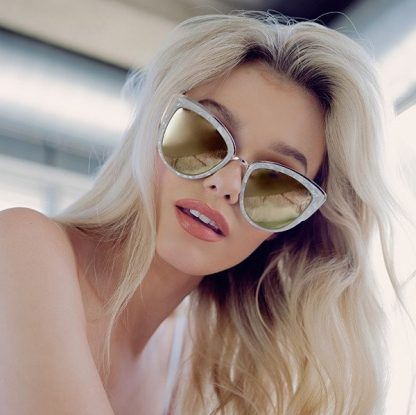 Quay My Girl Pearl solbrille fra Quay – Mio Trend