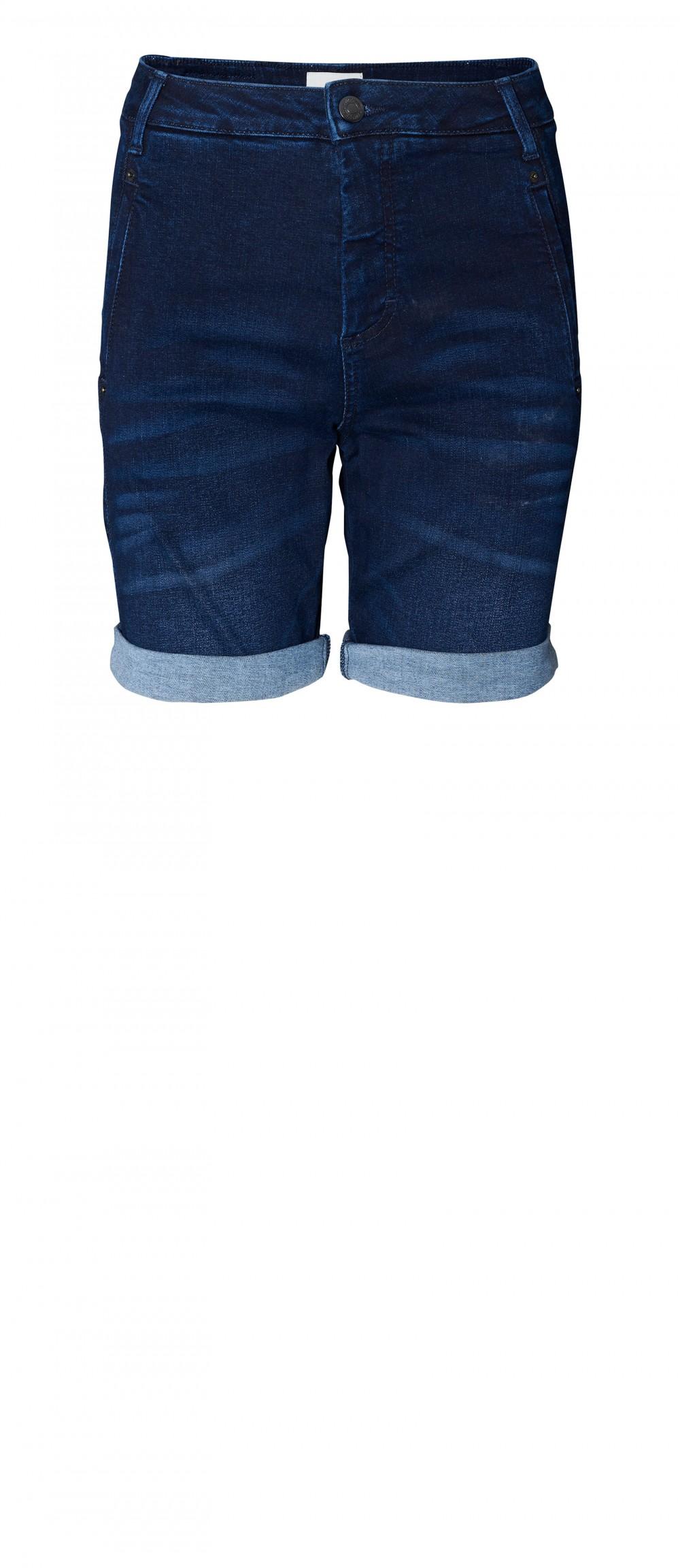 Jolie Carabelle denim shorts