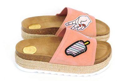 Maison Shoeshibar Airi, rosa sandaler med tøffe merker – Mio Trend