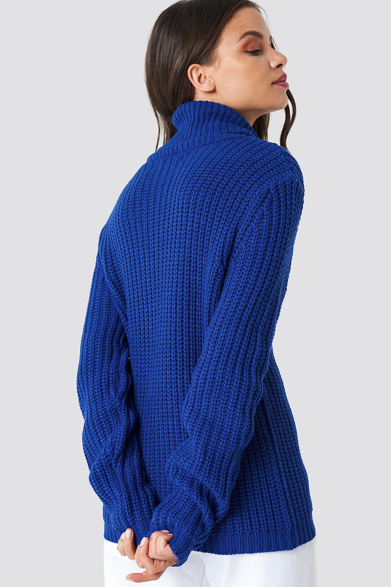 0084bb68 Genser fra Rut & Circle, blå strikkegenser til dame med høy hals