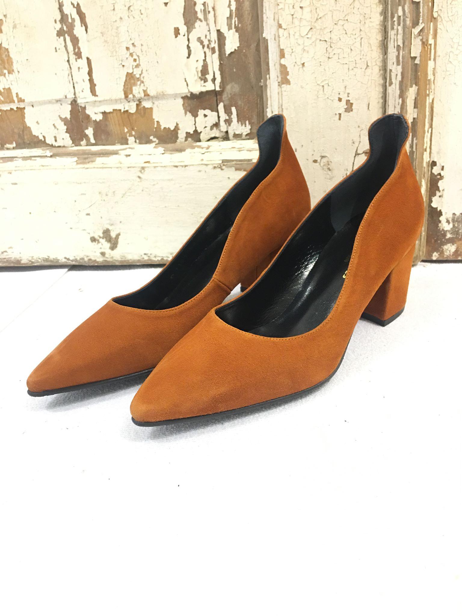 1bcd64b7 Brune semskede sko, cognacbrune sko, pumps fra Copenhagen Shoes