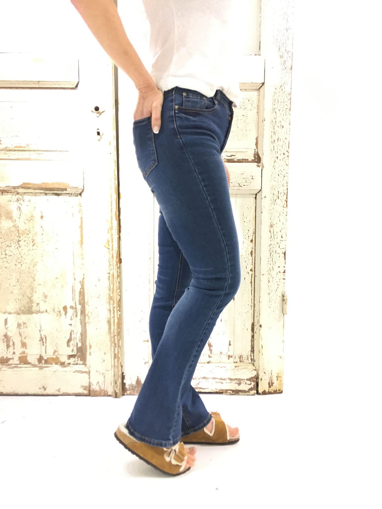 0fe0d5ad Slengbukse til dame. Bukse fra Pepper med sleng. Bootcut jeans. Pepper