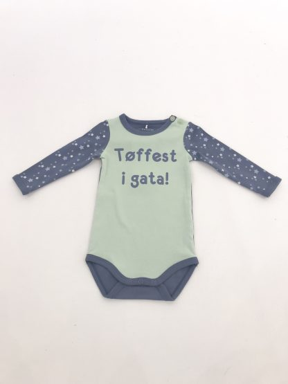 Name It sjøgrønn tøffest i gata body – Name It sjøgrønn tøffest i gata body – Mio Trend