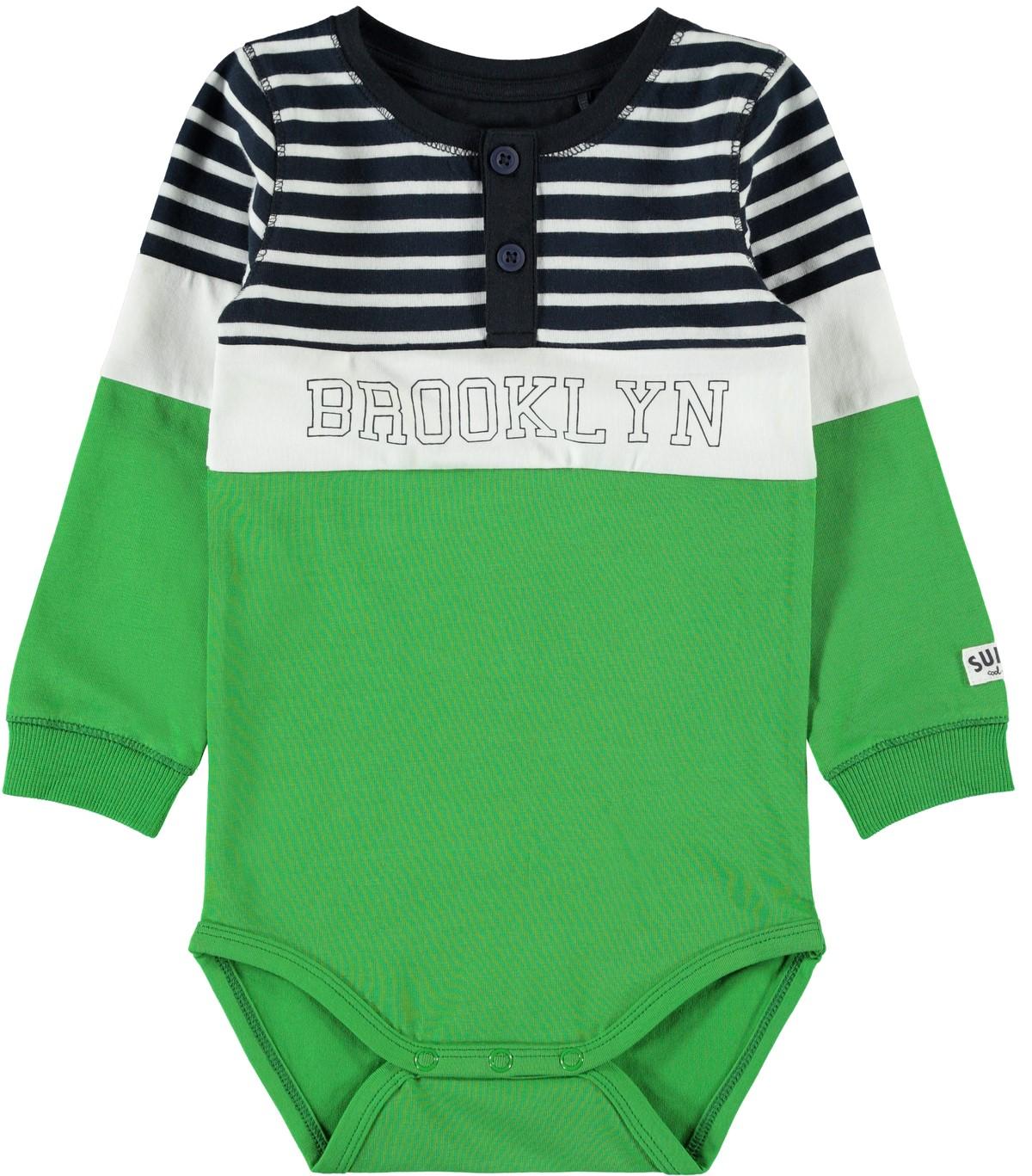 c994ae4e Name It grønn body. Body fra Name It. Blå og grønn body til barn.