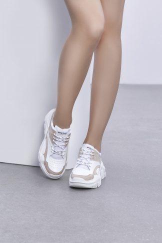 Kraftige hvite joggesko