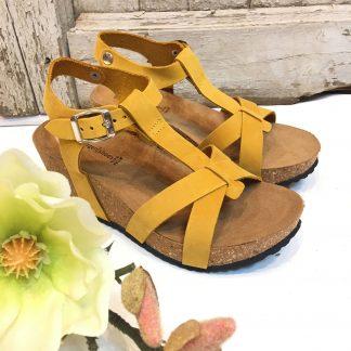 Gule sandaler kilehel