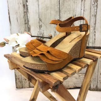 Sandaler med kilehel