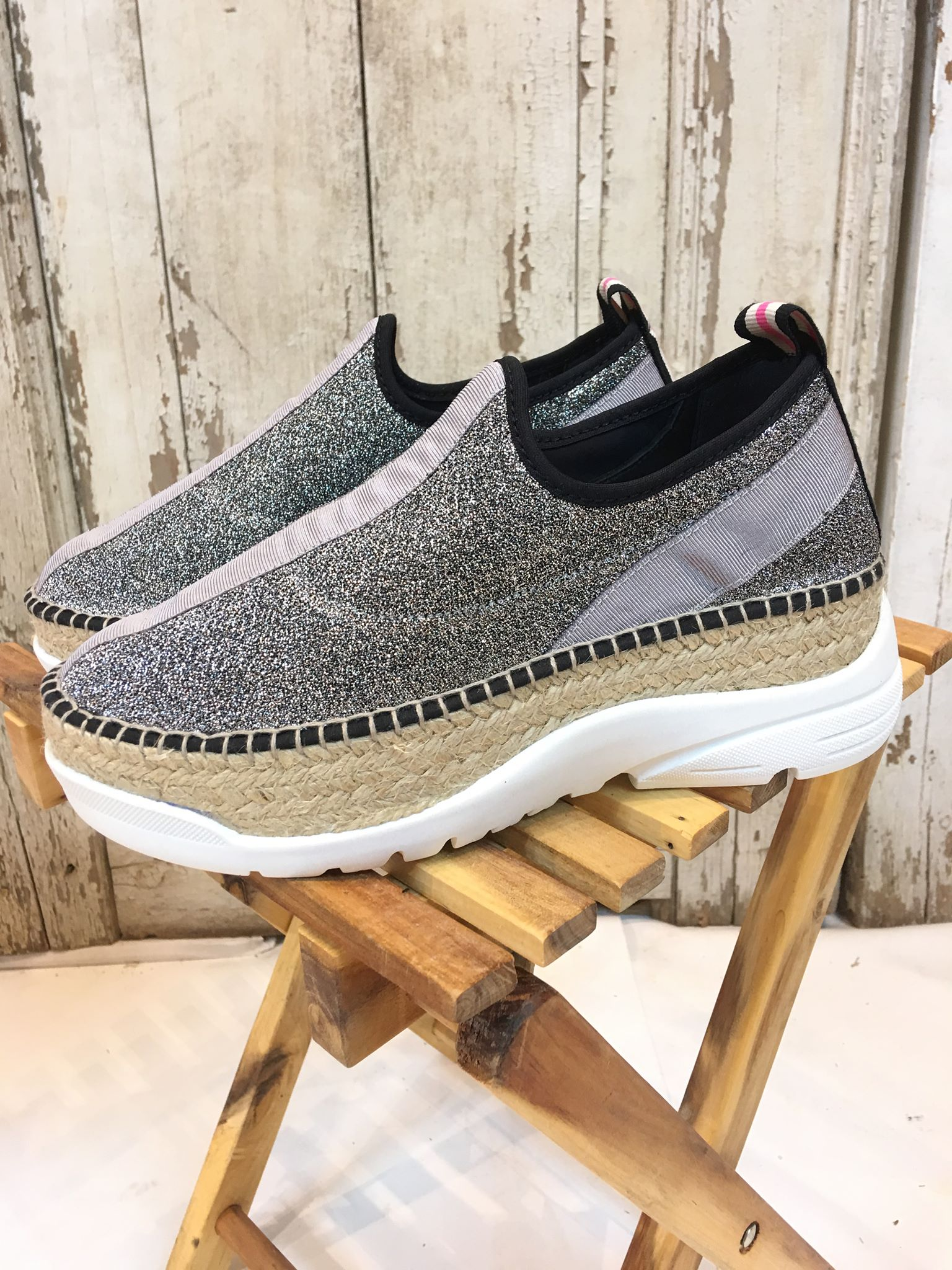 96682bf5 Sko fra Gamio, espadrillos og sneakers, sko med kraftig platå-såle.