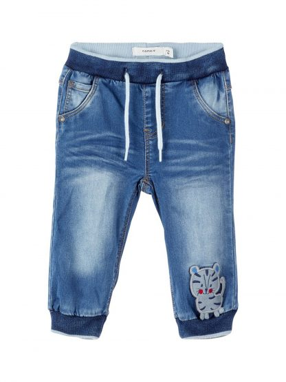 Olabukse til baby gutt – Name It denimbukse med tiger – Mio Trend