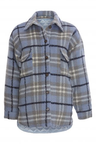 Skjorte i ull dame, blå skjorte og jakke.