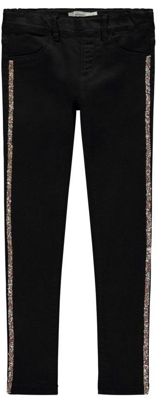 Svart bukse til jente, bukse fra Name It.