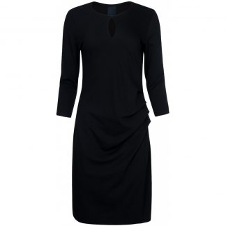 Sort klassisk kjole fra One Two Luxus.