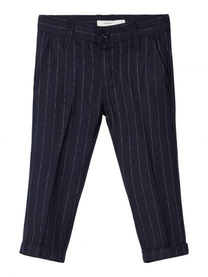 Penbukse barn gutt, mørke blå bukse fra Name It. – Penklær til jul mørk blå penbukse med striper Roul – Mio Trend