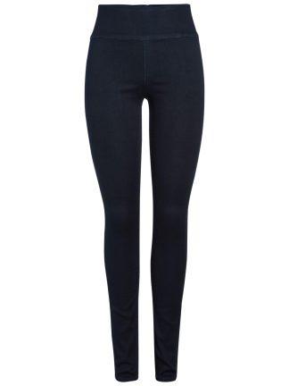 Blå smal jeans fra Pieces.