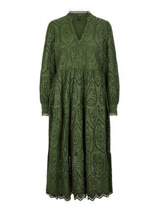 Grønn kjole blonder