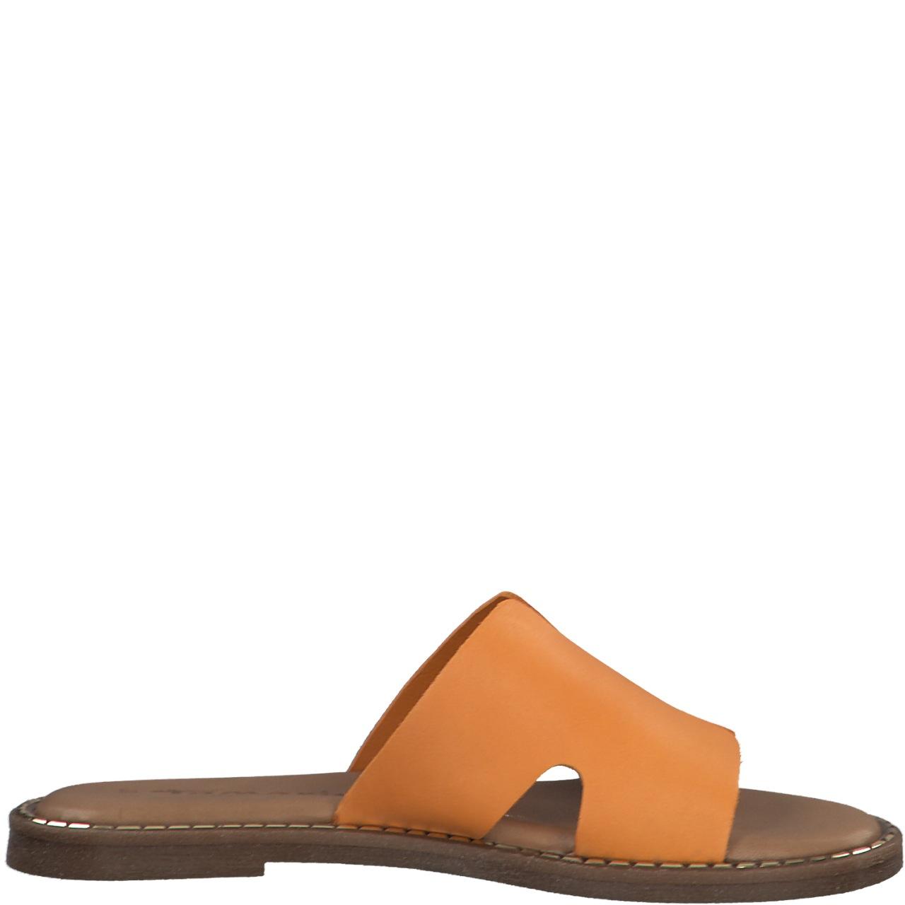oransje sandal i skinn