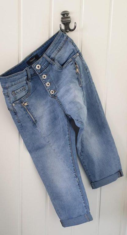 Olashorts capri Pepper – Shorts capri lys denim – Mio Trend