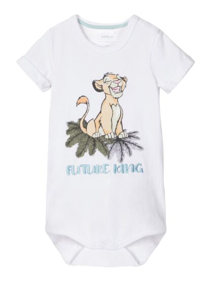 Body baby kort arm – Name It hvit body Lion King – Mio Trend