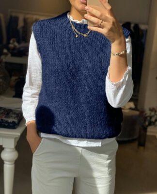 Noella vest marineblå