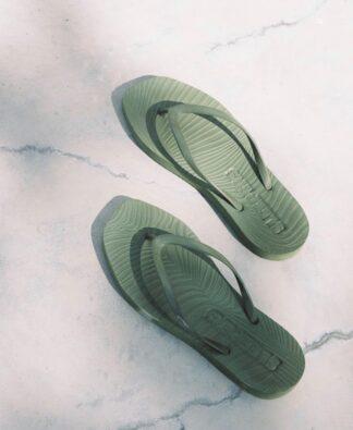 Sleepers sandaler olivengrønn.