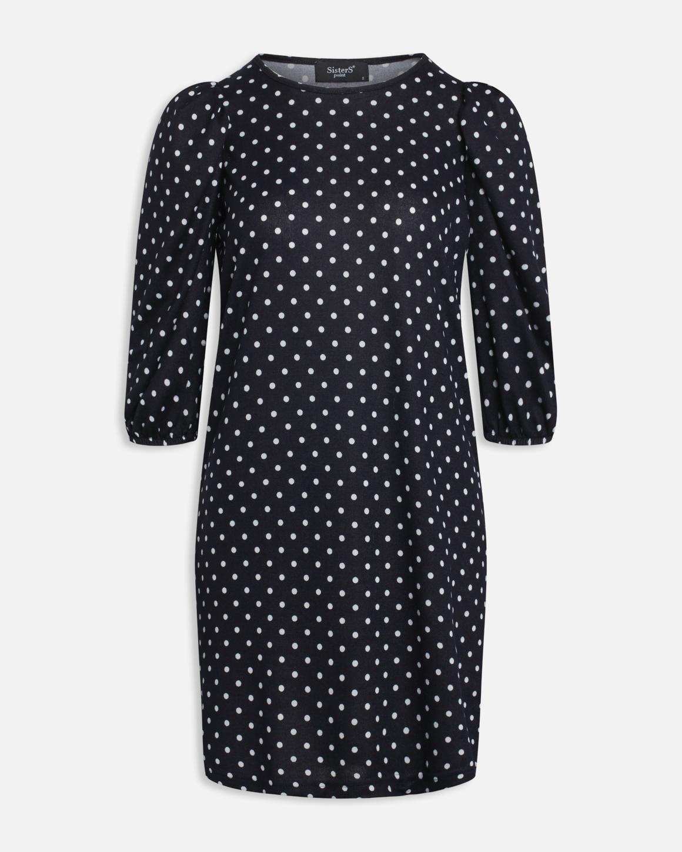 Blå kjole med prikker