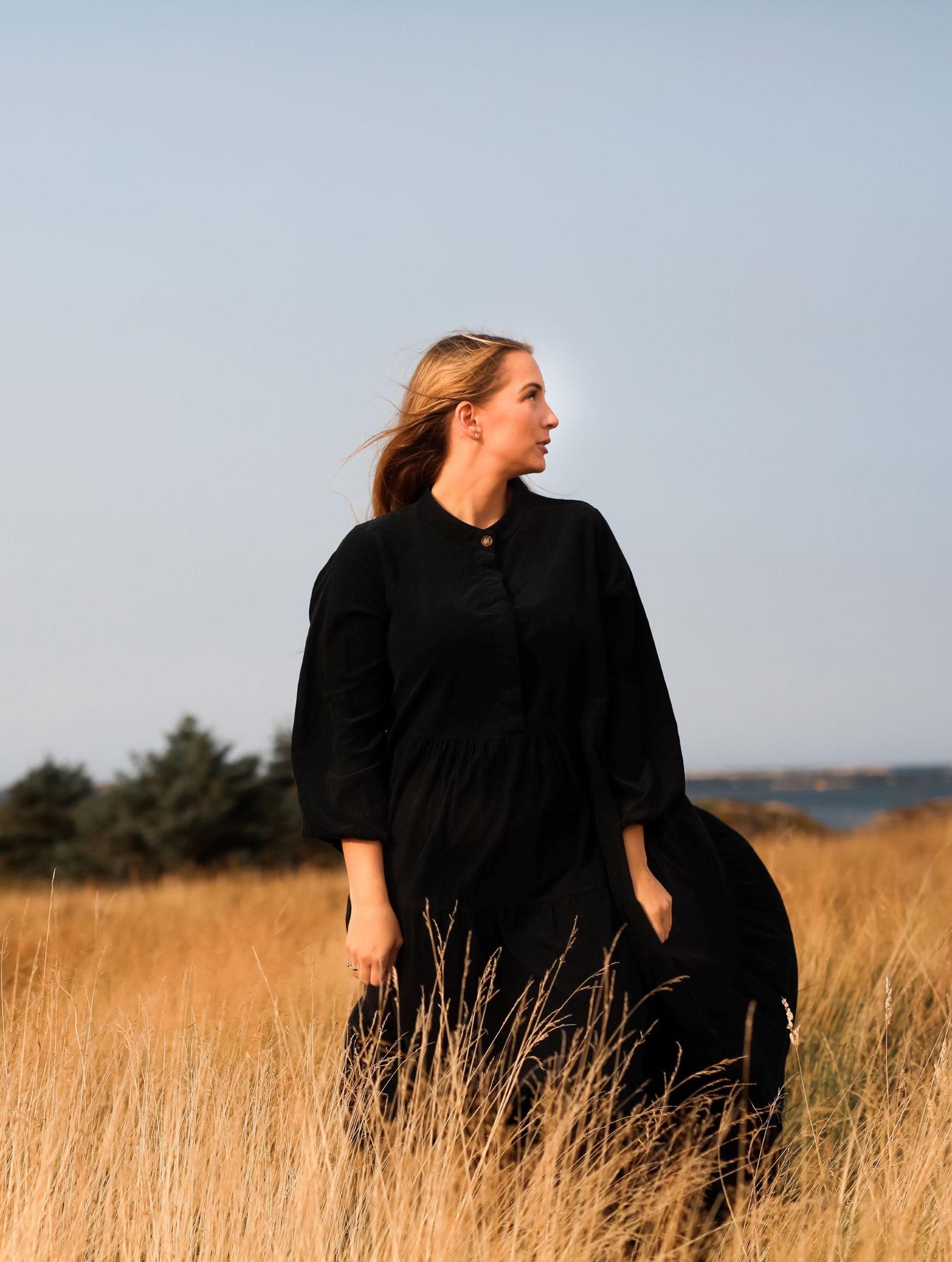 Nectar lang kjole sort