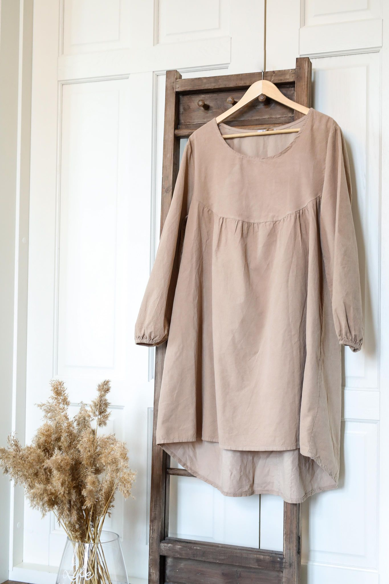 Nectar beige kjole Maud