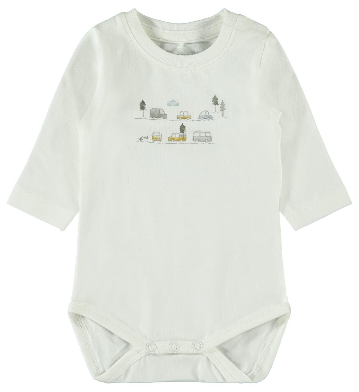 Baby body med biler – Name It off white body biler – Mio Trend
