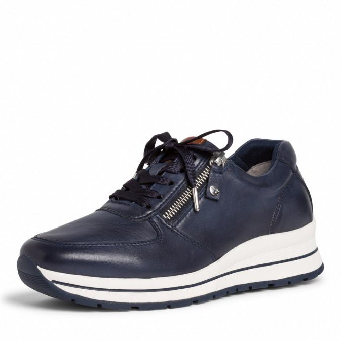 Blå sneaker fra Tamaris