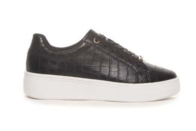 Lave sorte sneakers