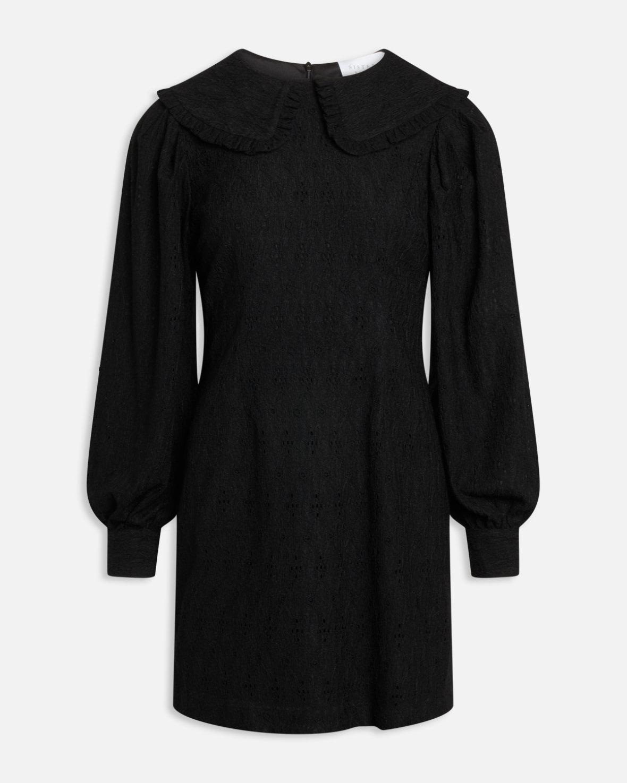 Sisters Point sort kjole Eina