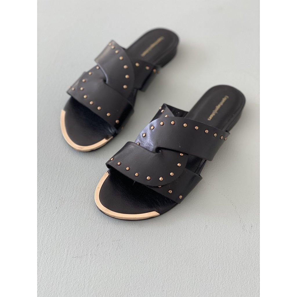 Sorte sandaler med gull