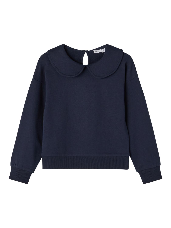 Blå genser jente
